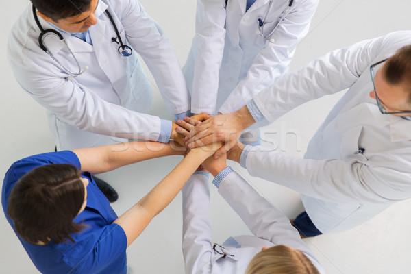 グループ 医師 手 一緒に 病院 薬 ストックフォト © dolgachov
