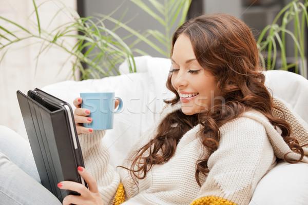 Boldog nő táblagép számítógép kép iroda Stock fotó © dolgachov