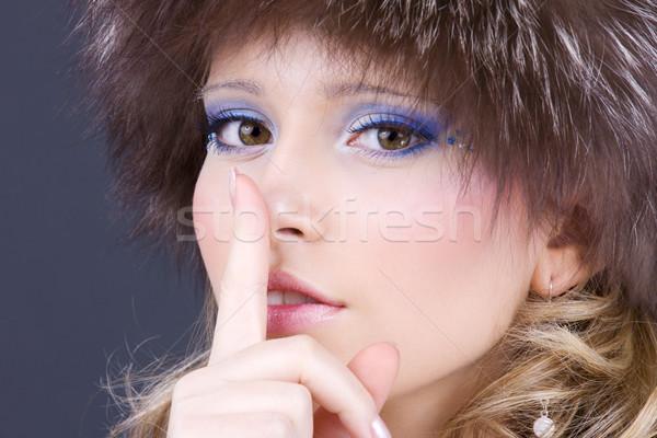 Retrato bela mulher dedo lábios mulher mão Foto stock © dolgachov