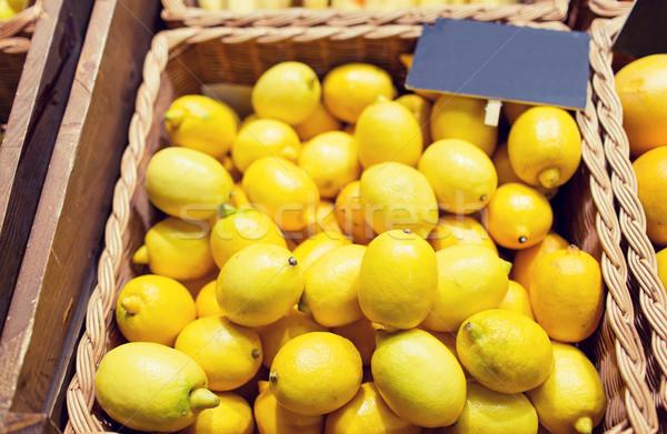 Rijp citroenen voedsel markt verkoop winkelen Stockfoto © dolgachov