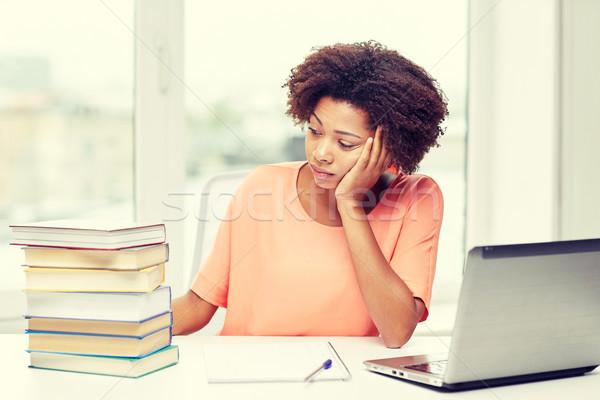 Aburrido mujer deberes casa personas Foto stock © dolgachov