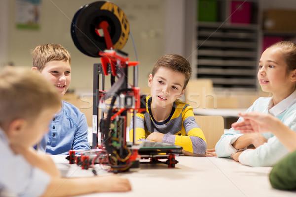 Szczęśliwy dzieci 3D drukarki szkoły Zdjęcia stock © dolgachov