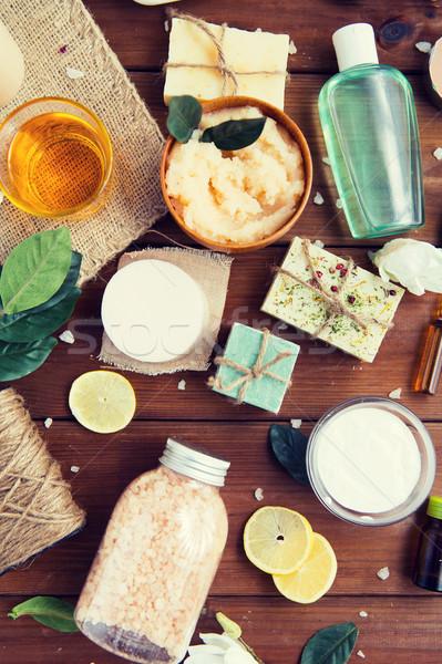 Corpo cuidar cosmético produtos madeira Foto stock © dolgachov