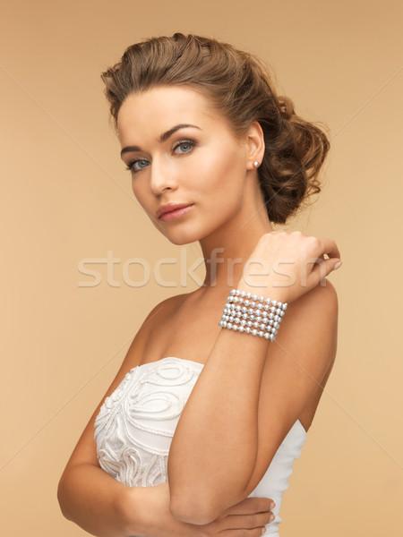 Stock fotó: Nő · gyöngy · fülbevalók · karkötő · gyönyörű · menyasszony