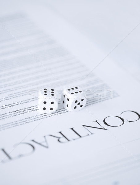 Foto stock: Contrato · papel · jogos · de · azar · quadro · negócio · trabalhar
