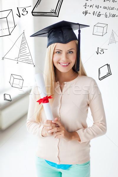 Estudiante graduación CAP certificado educación escuela Foto stock © dolgachov