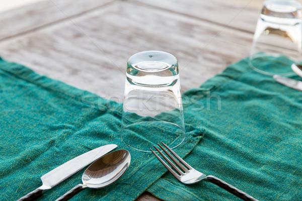 Bestek glas servet tabel Stockfoto © dolgachov