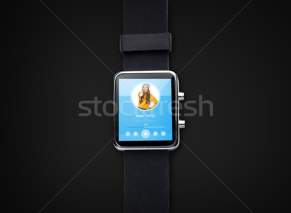 Közelkép okos óra zenelejátszó modern technológia Stock fotó © dolgachov