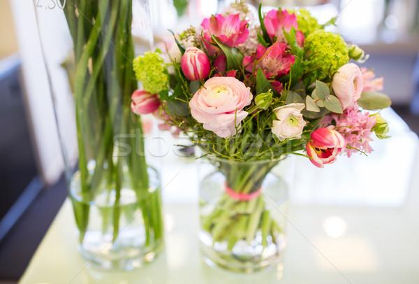 Közelkép köteg váza virágüzlet kertészkedés vásár Stock fotó © dolgachov