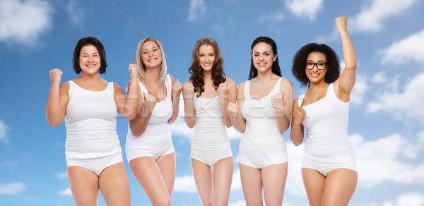 Grupy szczęśliwy inny kobiet zwycięstwo Zdjęcia stock © dolgachov