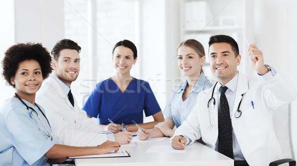 Grup mutlu doktorlar konferans hastane meslek Stok fotoğraf © dolgachov