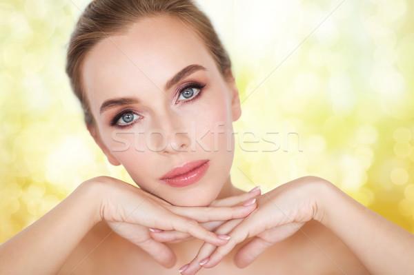 Belo mulher jovem cara mãos beleza pessoas Foto stock © dolgachov