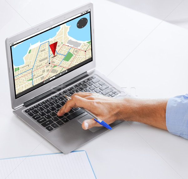 Stok fotoğraf: Işadamı · dizüstü · bilgisayar · çalışma · ofis · iş · navigasyon