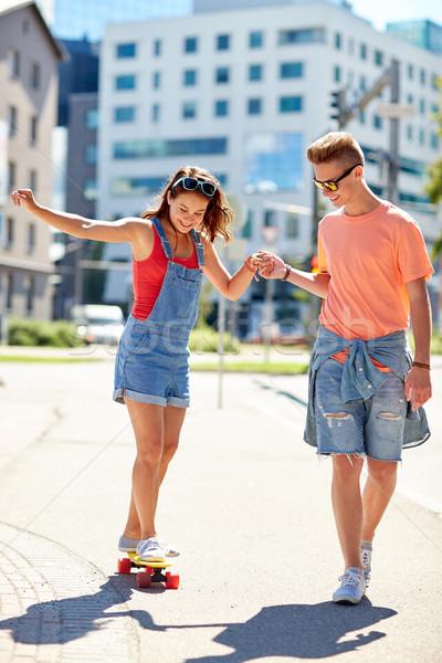 ストックフォト: 十代の · カップル · ライディング · 街 · 夏 · 休日