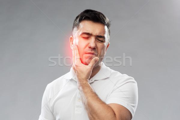 Unglücklich Mann Leiden Zahnschmerzen Menschen Gesundheitswesen Stock foto © dolgachov