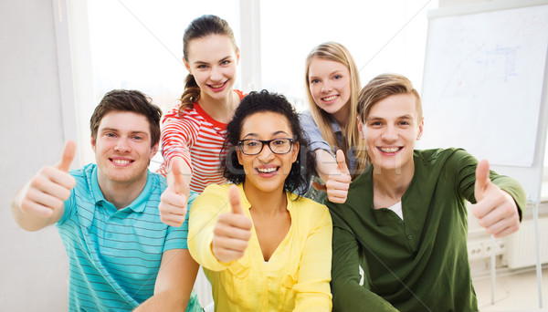 Mosolyog diákok iskola mutat remek oktatás Stock fotó © dolgachov