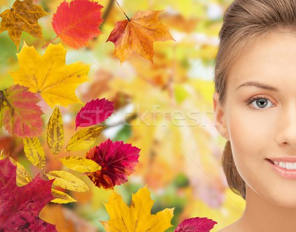 Stock fotó: Gyönyörű · fiatal · nő · arc · őszi · levelek · szépség · emberek