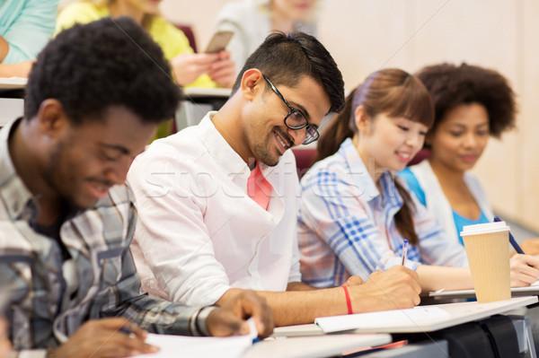 Gruppe internationalen Studenten Vortrag Bildung High School Stock foto © dolgachov