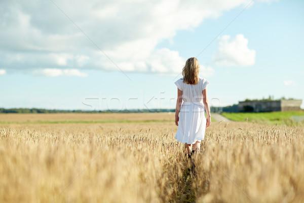 若い女性 白いドレス 徒歩 フィールド 幸福 自然 ストックフォト © dolgachov