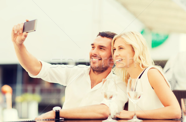 Stock fotó: Boldog · pár · elvesz · okostelefon · kávézó · szeretet
