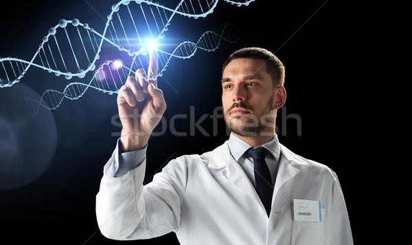 Lekarza naukowiec biały płaszcz DNA nauki Zdjęcia stock © dolgachov