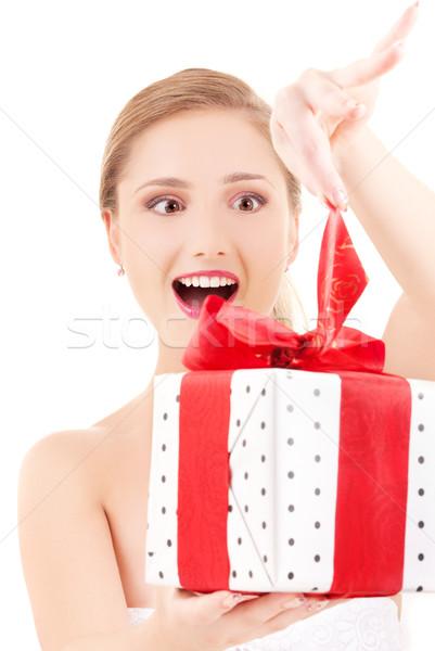Foto d'archivio: Ragazza · felice · scatola · regalo · bianco · donna · sorriso · felice