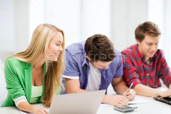 Estudantes escrita corpo exame palestra escolas Foto stock © dolgachov
