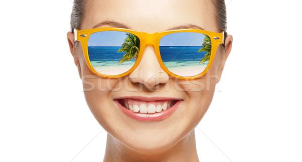 Gelukkig tienermeisje zonnebril reizen vakantie zomer Stockfoto © dolgachov