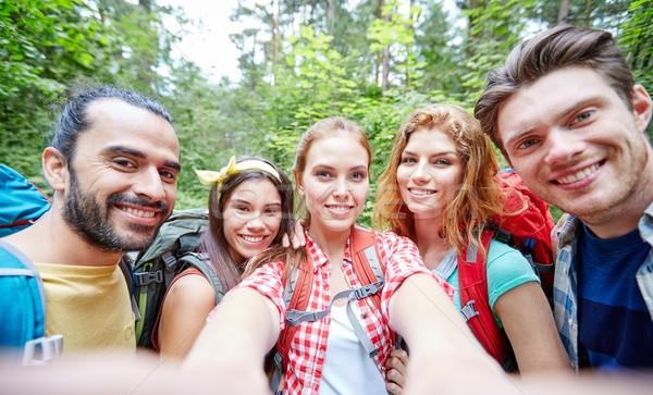 Сток-фото: друзей · рюкзак · древесины · технологий · путешествия