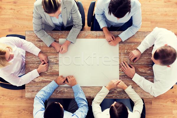 Stok fotoğraf: Iş · ekibi · oturma · tablo · iş · adamları · takım · çalışması