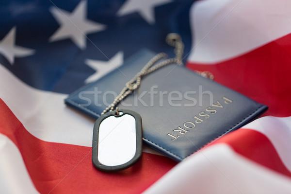 Foto stock: Bandera · de · Estados · Unidos · pasaporte · militar · placa · fuerzas · reclutamiento