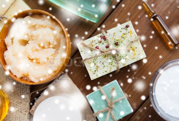 Lichaam handgemaakt zeep bars hout Stockfoto © dolgachov