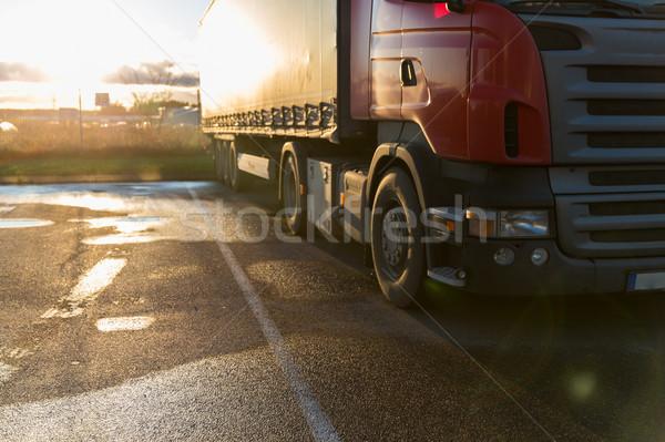 Közelkép teherautó parkolás közlekedés szállítás jármű Stock fotó © dolgachov