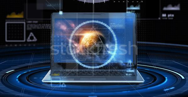 Laptop virtueel planeet ruimte hologram astronomie Stockfoto © dolgachov