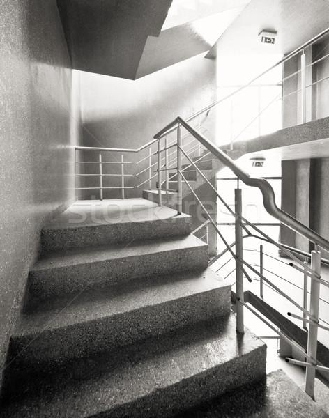 Pusty klatka schodowa konkretnych budynku projektu tle Zdjęcia stock © donatas1205