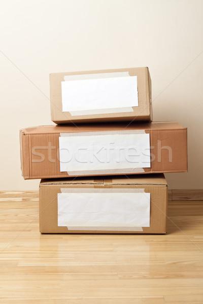 Photo stock: Carton · cases · étiquettes · déplacement · stockage · mur