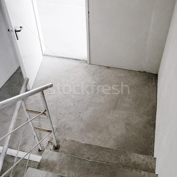 Pusty klatka schodowa budynku otwarte drzwi tekstury Zdjęcia stock © donatas1205