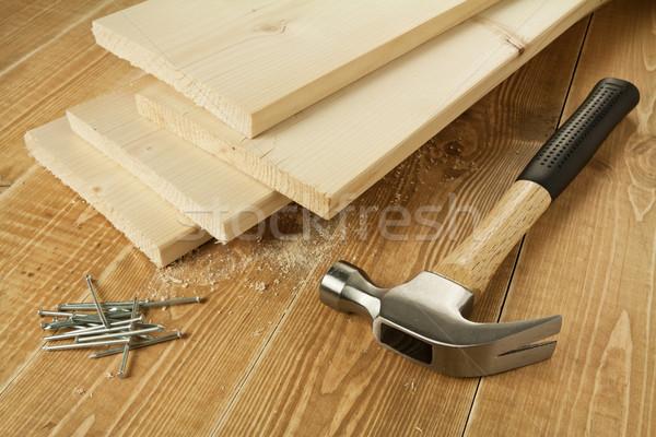 Stock fotó: Fa · dolgozik · fából · készült · deszkák · kalapács · körmök