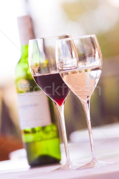 Szemüveg bor kettő piros fehér üveg Stock fotó © Donvanstaden