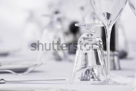 Elegáns luxus étterem szemüveg evőeszköz étel Stock fotó © Donvanstaden