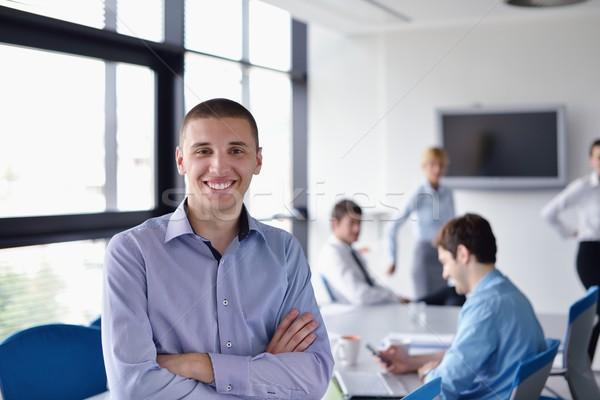 Foto stock: Hombre · de · negocios · reunión · colegas · retrato · guapo · jóvenes