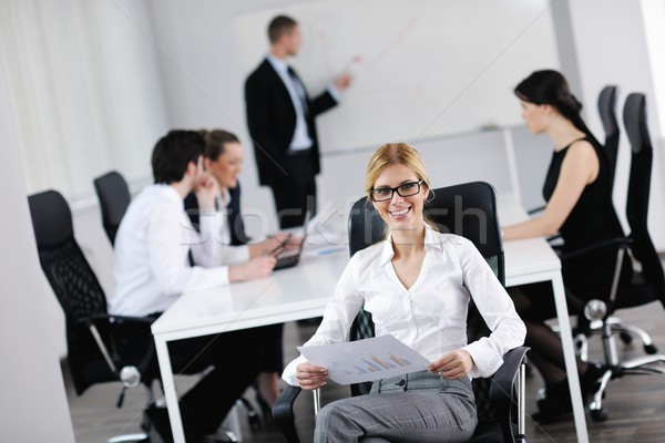 Photo stock: Femme · d'affaires · personnel · personnes · groupe · modernes · lumineuses