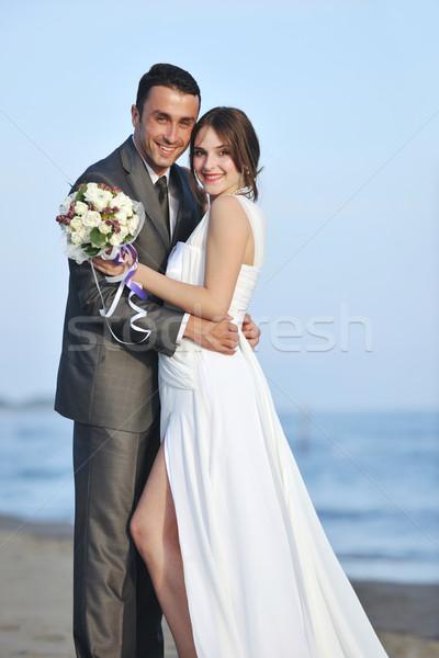 Romantische strand bruiloft zonsondergang gelukkig Stockfoto © dotshock