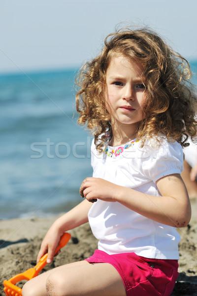 Foto stock: Pequeno · feminino · criança · retrato · praia · belo