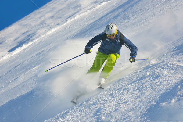 Esqui fresco neve temporada de inverno belo Foto stock © dotshock