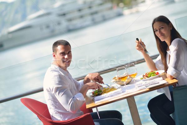 Сток-фото: пару · красивой · ресторан · счастливым · пляж