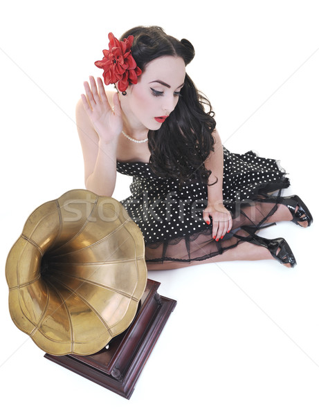 Mooie meisje luisteren muziek oude grammofoon Stockfoto © dotshock