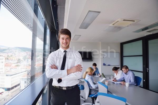 Stockfoto: Zakenman · vergadering · collega's · portret · knap · jonge