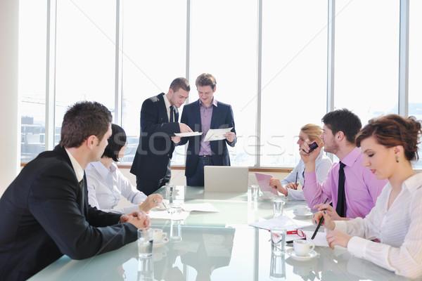 Сток-фото: группа · деловые · люди · заседание · молодые · конференц-зал · новых