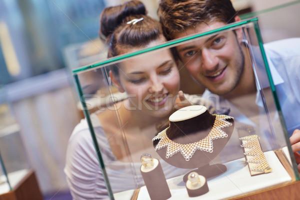 Boldog fiatal pér ékszerek bolt fiatal romantikus Stock fotó © dotshock